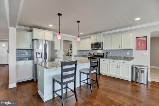25 Jennifer Road, YORK, PA 17404 (#PAYK148802) :: Century 21 Home Advisors