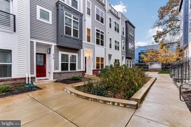 215 Wesley Brown Lane, ANNAPOLIS, MD 21401 (#MDAA452230) :: The Sky Group