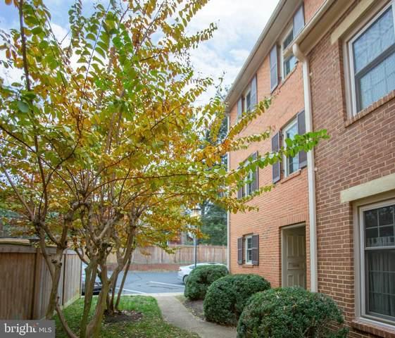 1314-B Kenmore Avenue #10, FREDERICKSBURG, VA 22401 (#VAFB118206) :: Erik Hoferer & Associates