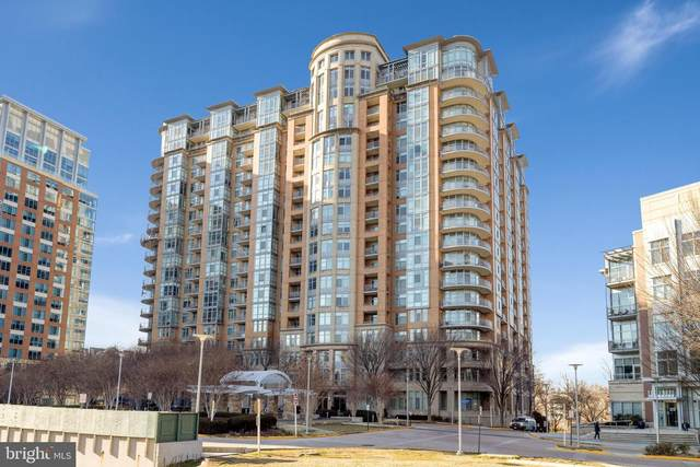 8220 Crestwood Heights Drive #304, MCLEAN, VA 22102 (#VAFX1171550) :: Ram Bala Associates | Keller Williams Realty