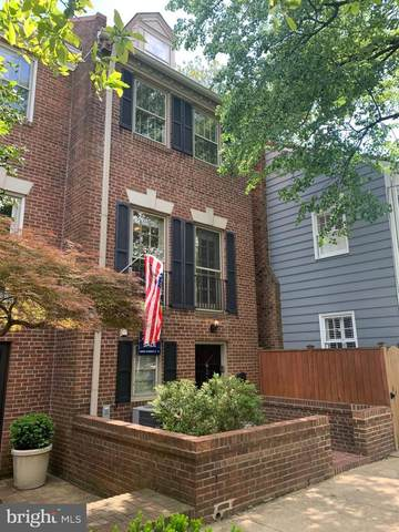 311 N Pitt Street, ALEXANDRIA, VA 22314 (#VAAX254616) :: The Riffle Group of Keller Williams Select Realtors