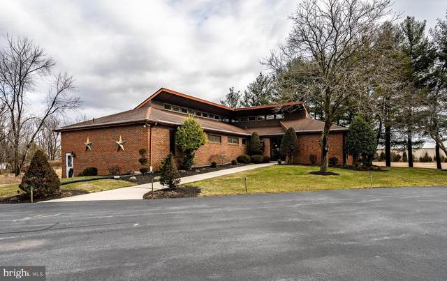 1311 Ben Franklin Hwy W, DOUGLASSVILLE, PA 19518 (#PABK372756) :: Iron Valley Real Estate