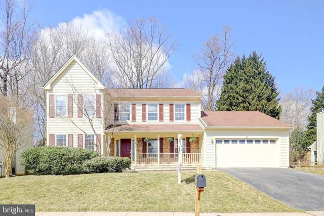 8024 Oak Hollow Lane, FAIRFAX STATION, VA 22039 (#VAFX1177578) :: Nesbitt Realty