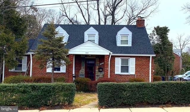 701 N George Mason Drive, ARLINGTON, VA 22203 (#VAAR176314) :: The Riffle Group of Keller Williams Select Realtors