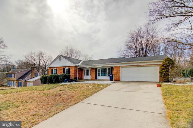 10415 Silk Oak Drive, VIENNA, VA 22182 (#VAFX1181734) :: City Smart Living