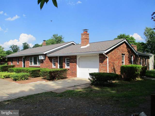 198 W 3RD Avenue, COLLEGEVILLE, PA 19426 (#PAMC683394) :: Linda Dale Real Estate Experts