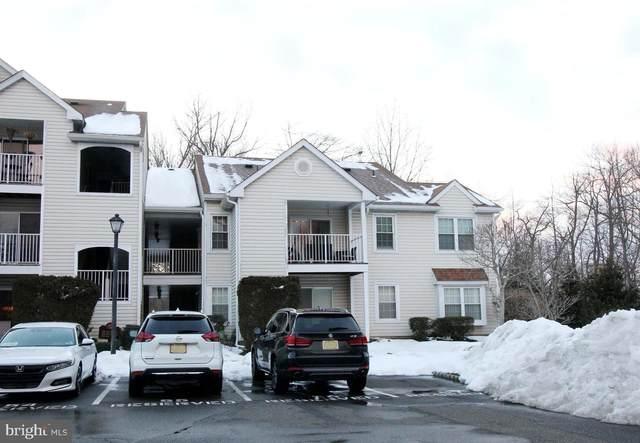 318 Walden Circle, ROBBINSVILLE, NJ 08691 (#NJME308224) :: Holloway Real Estate Group