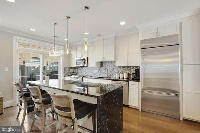 10366 Sager Avenue, FAIRFAX, VA 22030 (#VAFC121030) :: Dart Homes
