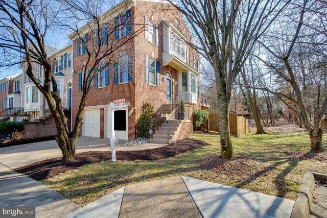 2240 Journet Drive, DUNN LORING, VA 22027 (#VAFX1184512) :: City Smart Living