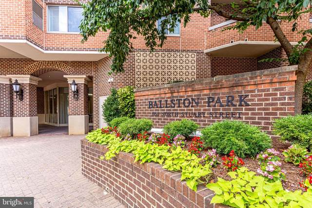 1050 N Stuart Street #405, ARLINGTON, VA 22201 (#VAAR177644) :: Jacobs & Co. Real Estate