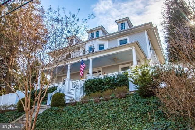 2304 King Street, ALEXANDRIA, VA 22301 (#VAAX257138) :: Debbie Dogrul Associates - Long and Foster Real Estate