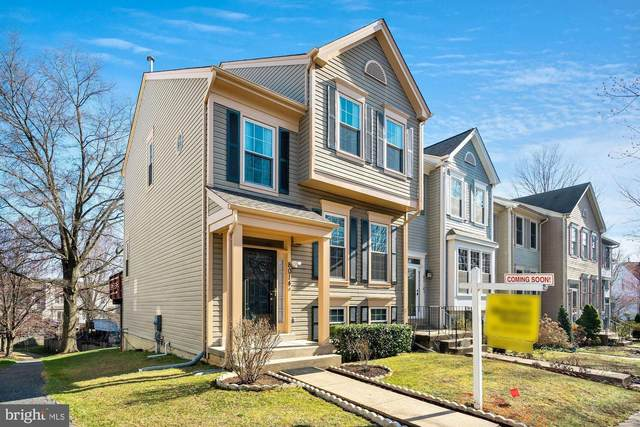 8014 Cloverwood Court, GAITHERSBURG, MD 20879 (#MDMC748788) :: Shawn Little Team of Garceau Realty
