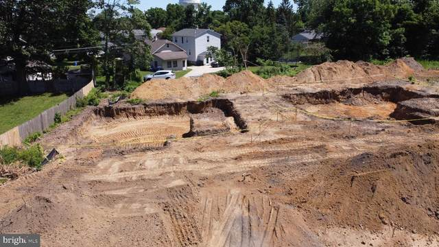 1019 Lake Avenue, BURLINGTON, NJ 08016 (#NJBL393482) :: Linda Dale Real Estate Experts