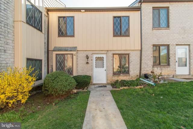 5200 Hilltop Drive J16, BROOKHAVEN, PA 19015 (#PADE542514) :: Linda Dale Real Estate Experts