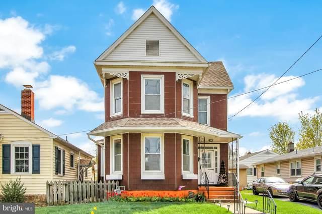 305 Fulton Street, HANOVER, PA 17331 (#PAYK155586) :: Ram Bala Associates | Keller Williams Realty