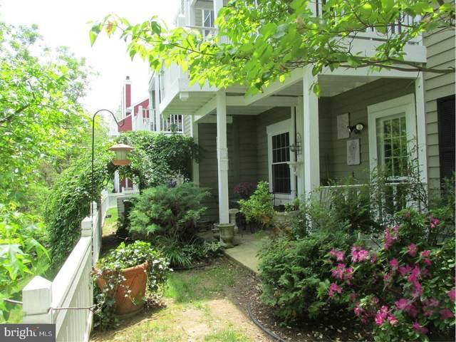 2811 S Woodrow Street B, ARLINGTON, VA 22206 (#VAAR178948) :: Coleman & Associates