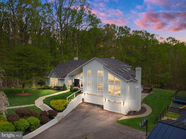 521 Clear Spring Road, GREAT FALLS, VA 22066 (#VAFX1191190) :: ExecuHome Realty
