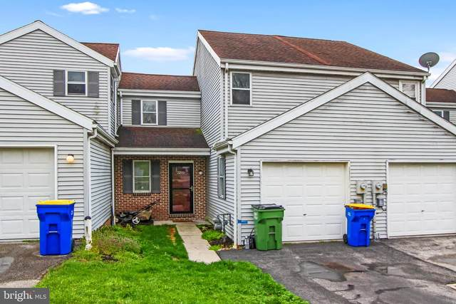 2293 N North Point Drive, YORK, PA 17406 (#PAYK155906) :: The Jim Powers Team
