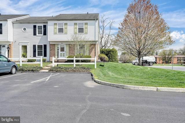 1801 Carlton Drive, LEBANON, PA 17042 (#PALN118728) :: The Joy Daniels Real Estate Group
