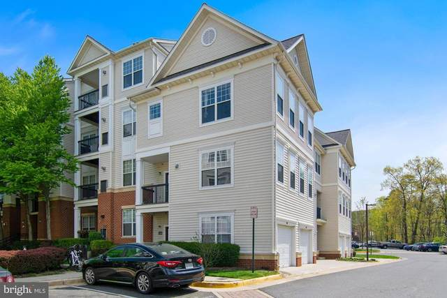 11365 Aristotle Drive 9-215, FAIRFAX, VA 22030 (#VAFX1193136) :: Debbie Dogrul Associates - Long and Foster Real Estate