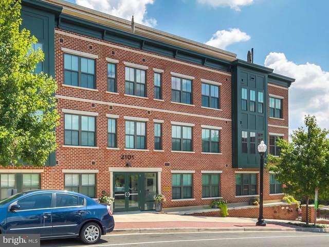 2101 N Monroe Street N #217, ARLINGTON, VA 22207 (#VAAR179658) :: Bruce & Tanya and Associates