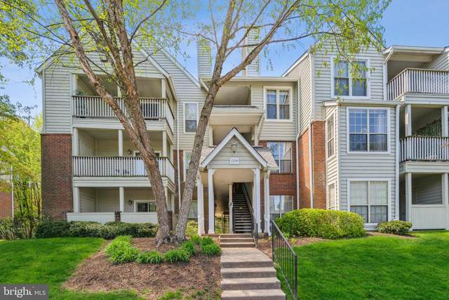 12159 Penderview Terrace #902, FAIRFAX, VA 22033 (#VAFX1193696) :: Ram Bala Associates | Keller Williams Realty