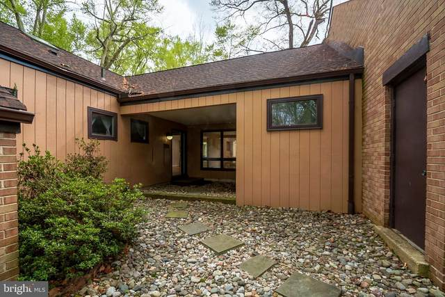 4 Big Oak Lane, WILMINGTON, DE 19810 (#DENC524684) :: RE/MAX Main Line