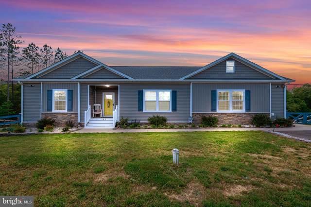 142 Hickory Hill Overlook Court, FREDERICKSBURG, VA 22405 (#VAST231526) :: Dart Homes