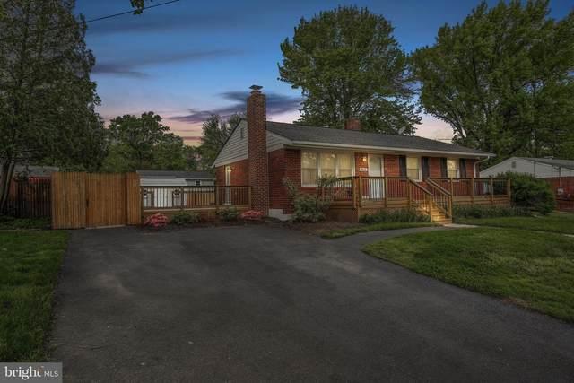 8826 Jandell Road, LORTON, VA 22079 (#VAFX1196300) :: Nesbitt Realty