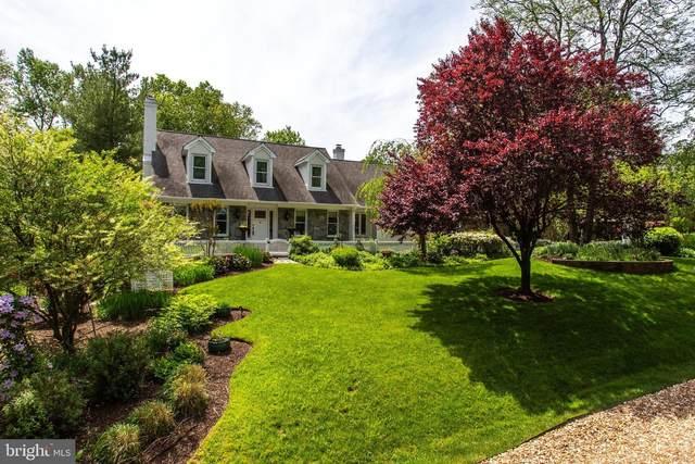 10207 Yellow Pine Drive, VIENNA, VA 22182 (#VAFX1198868) :: The Riffle Group of Keller Williams Select Realtors