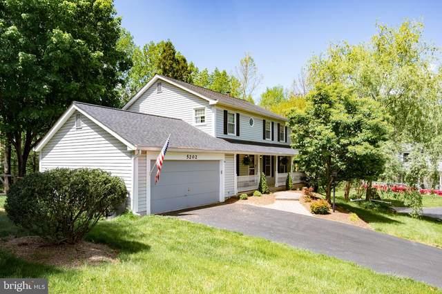 5202 Rushbrook Drive, CENTREVILLE, VA 20120 (#VAFX1202740) :: Jennifer Mack Properties