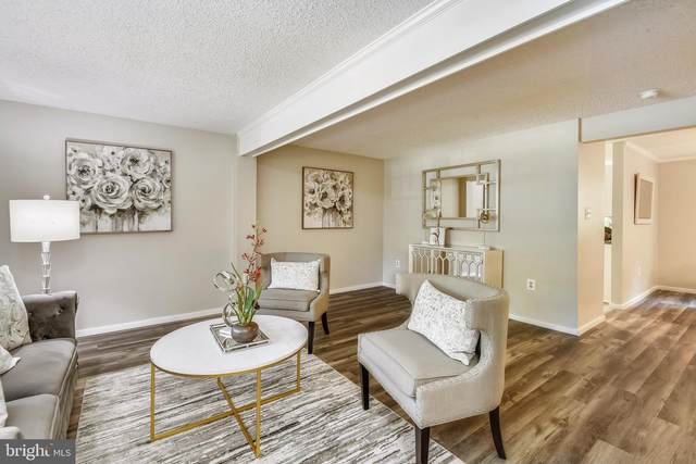 9800 Tara Court, BURKE, VA 22015 (#VAFX1203806) :: Sunrise Home Sales Team of Mackintosh Inc Realtors