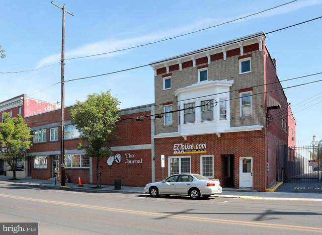 207 W King, MARTINSBURG, WV 25401 (#WVBE186356) :: The Sky Group