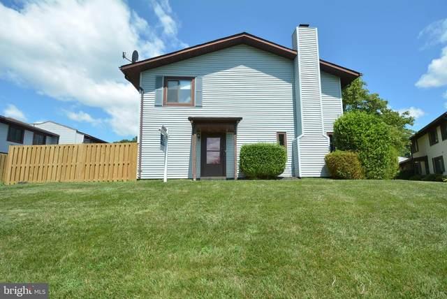 2571 Merrywood Court, WOODBRIDGE, VA 22192 (#VAPW524112) :: Debbie Dogrul Associates - Long and Foster Real Estate