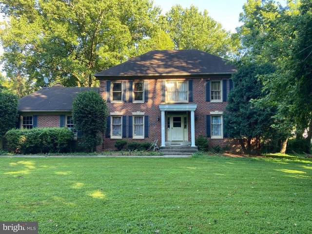 3502 Holly Road, ANNANDALE, VA 22003 (#VAFX1206208) :: The Sky Group