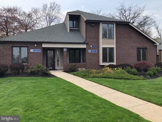 172 Middletown Boulevard 203B, LANGHORNE, PA 19047 (#PABU529814) :: Murray & Co. Real Estate