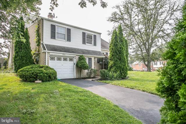 295 Roberts Drive, KING OF PRUSSIA, PA 19406 (#PAMC697344) :: New Home Team of Maryland
