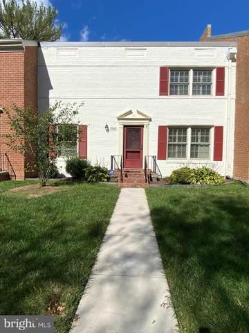 8348 Wickham Road, SPRINGFIELD, VA 22152 (#VAFX2000185) :: Dart Homes