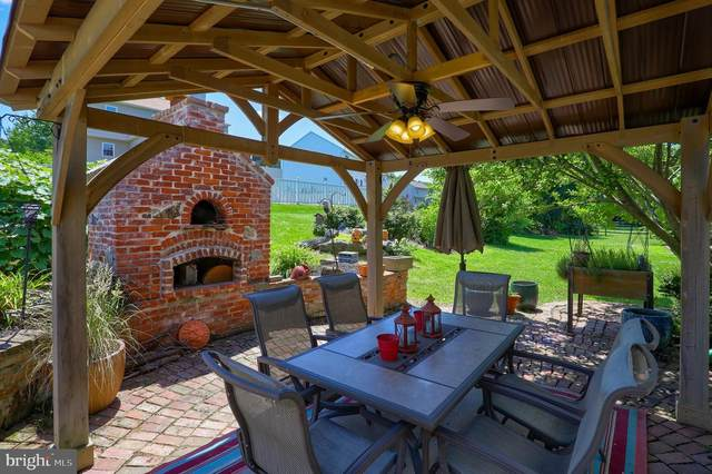 750 Woodland View Drive, YORK, PA 17406 (#PAYK2000332) :: The Joy Daniels Real Estate Group