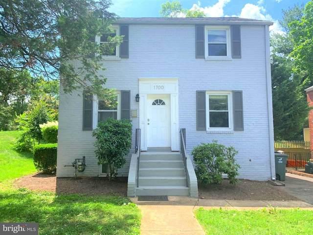 1700 N Roosevelt Street, ARLINGTON, VA 22205 (#VAAR2000978) :: The Miller Team
