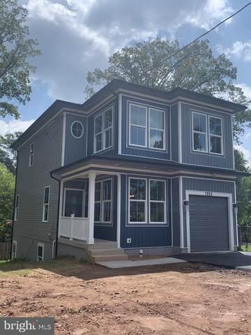 7825 Mclean St, MANASSAS, VA 20111 (#VAPW2002426) :: Jacobs & Co. Real Estate