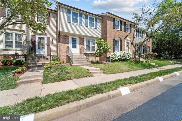 5909 Grisby House Court, CENTREVILLE, VA 20120 (#VAFX2006532) :: Charis Realty Group
