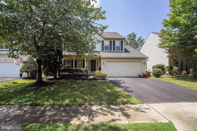 25525 Upper Clubhouse Drive, CHANTILLY, VA 20152 (#VALO2002904) :: AJ Team Realty