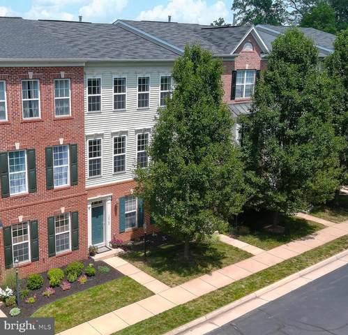 15962 Greymill Manor Drive, HAYMARKET, VA 20169 (#VAPW2002842) :: Nesbitt Realty