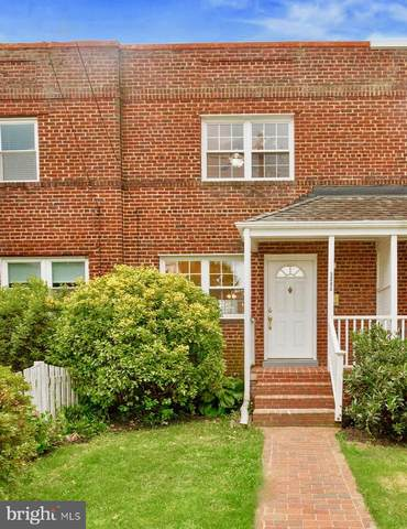 509 E Windsor Avenue A, ALEXANDRIA, VA 22301 (#VAAX2001324) :: The Yellow Door Team