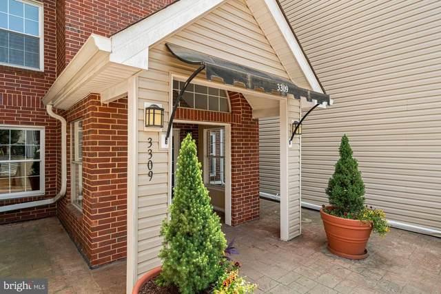3309 Wyndham Circle #2185, ALEXANDRIA, VA 22302 (#VAAX2001342) :: Corner House Realty