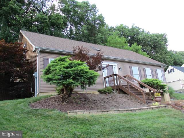 2524 Brookside Drive, LANCASTER, PA 17601 (#PALA2001800) :: Iron Valley Real Estate