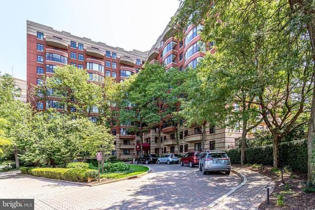 2400 Clarendon Boulevard #401, ARLINGTON, VA 22201 (#VAAR2002218) :: Debbie Dogrul Associates - Long and Foster Real Estate