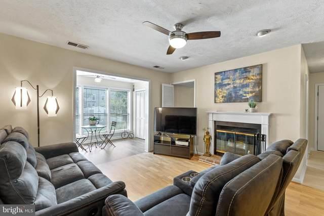 10150 Oakton Terrace Road #10150, OAKTON, VA 22124 (#VAFX2009778) :: AJ Team Realty
