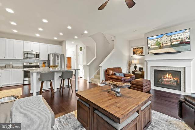 9071 Connor House Rd, MANASSAS, VA 20111 (#VAPW2003834) :: Berkshire Hathaway HomeServices McNelis Group Properties